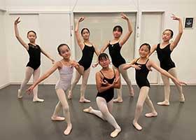 バレエ初中級クラス